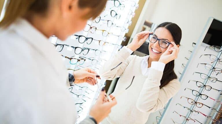 Comment choisir ses lunettes de vue et solaire
